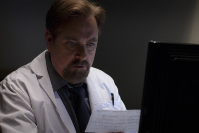 Dr. Fraser Healy played by Patrick McKenna in TVO's Hard Rock Medical, credit Michael Tien. (CNW Group/TVO)
