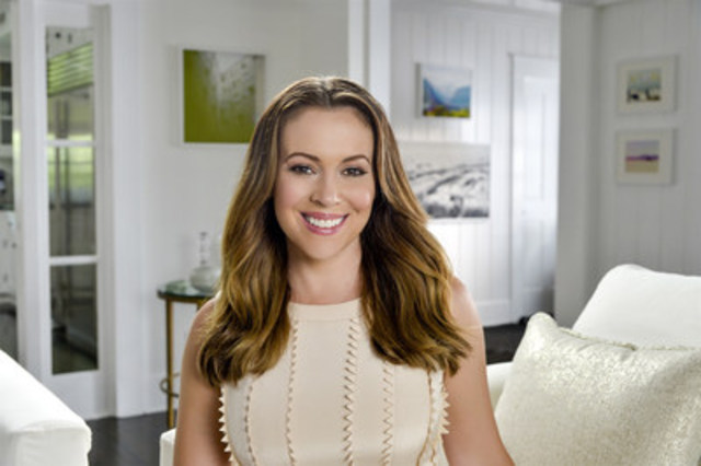 Alyssa Milano Joins Atkins on a Path To Better Health (CNW Group/Atkins Nutritionals, Inc.)