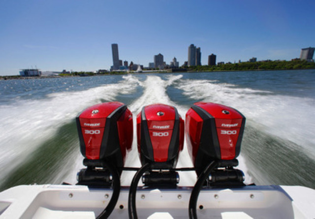 G2 engines, the next generation of Evinrude E-TEC outboard engines (CNW Group/BRP)