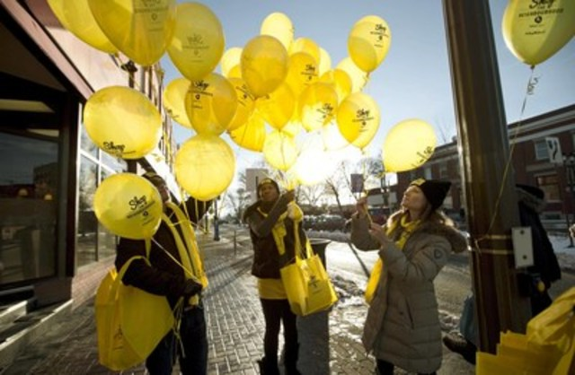 Yellow Pages employees, along with local business associations in participating neighbourhoods across Canada, are inviting shoppers to take the Shop The Neighbourhood Challenge and make a local purchase in support of small businesses. (CNW Group/Yellow Pages)