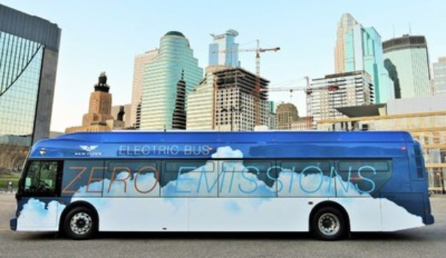 New Flyer Battery-Electric Xcelsior(R) Bus (CNW Group/New Flyer Industries Inc.)