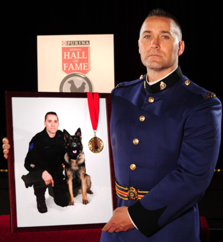 Constable Matthew Williamson's police service dog Quanto was inducted into the 2014 Purina Animal Hall of Fame (CNW Group/Purina Animal Hall of Fame)