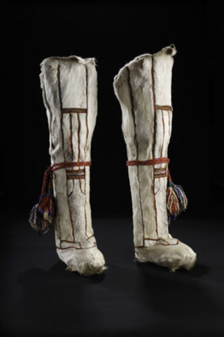 Mansi, Beloyarsk, Ob Basin, Siberia, Russia, 1980s: Garments and boots made of white reindeer fur are prized and only individuals with large reindeer herds can afford to kill enough animals to supply the desired white skins needed for a particular garment. Collection of the Bata Shoe Museum. Photo credit: Image © 2016 Bata Shoe Museum, Toronto, Canada (photo: Ron Wood)  (CNW Group/Bata Shoe Museum)