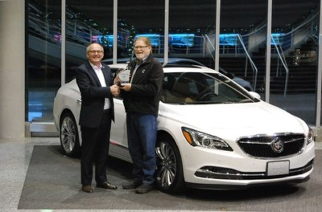 BEST NEW LARGE PREMIUM CAR Buick LaCrosse, with 656 points, and scoring highest in Fuel Efficiency. 2nd place Volvo S90 with 655 points. 3rd place Mercedes-Benz E-Class (E 300 4MATIC) with 653 points. (Left: Mike Speranzini, Brand Director, Buick Canada, Right: David Taylor, CCOTY Committee Member) (CNW Group/Automobile Journalists Association of Canada)