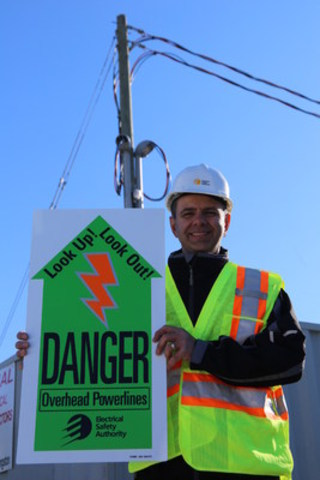 The Electrical Safety Authority reminds Ontarians to look up, look out and locate powerlines at home and on the job (CNW Group/Electrical Safety Authority)