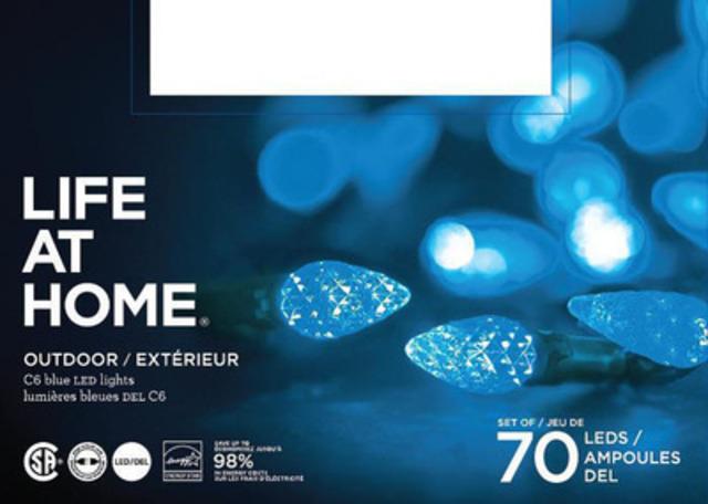 Lumières extérieures DEL Life at Home, emballages de 70 - bleues (Groupe CNW/Les Compagnies Loblaw limitée)