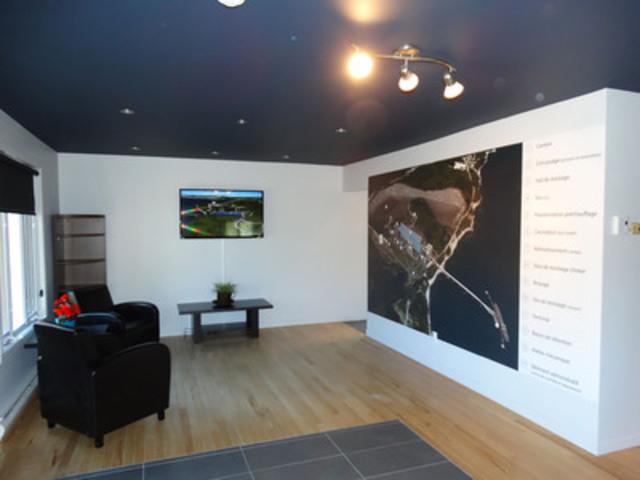 Centre d'information : intérieur (Groupe CNW/McInnis Ciment)