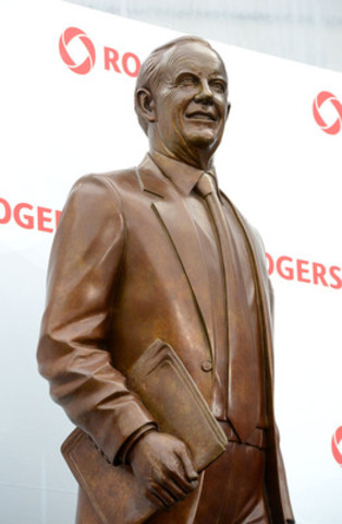 A 12-foot bronze statue of the late Ted Rogers was unveiled today at Rogers Centre in Toronto to honour the ...