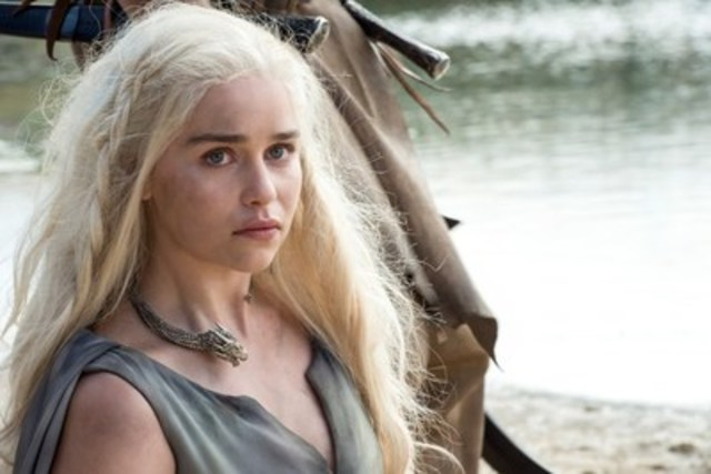 Emilia Clarke in GAME OF THRONES (CNW Group/HBO CANADA)