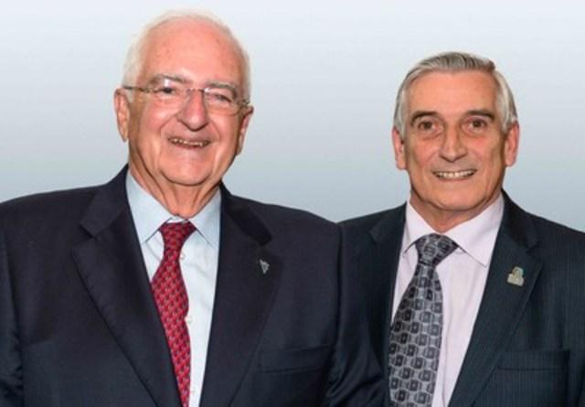 La Fondation québécoise du cancer honore deux médecins fondateurs. De gauche à droite : Docteur Pierre-Audet Lapointe, M.D., FRCS (C) et Docteur Michel Gélinas, M.D., FRCP (C) (Groupe CNW/Fondation québécoise du cancer)