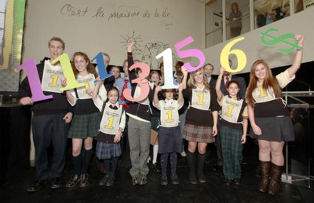 Le Défi-Jeunesse 1km pour Sainte-Justine, une initiative des écoles privées du Grand Montréal, prend fin. Au fil d'arrivee : 1 113 156 $. (Groupe CNW/FONDATION CHU SAINTE-JUSTINE)