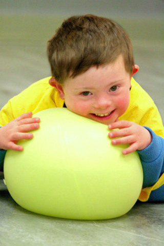 """Eight-year-old athlete-in-training, Oliver, enjoys sports through the Special Olympics program, Active Start."""" (CNW Group/Staples Business Depot)"""