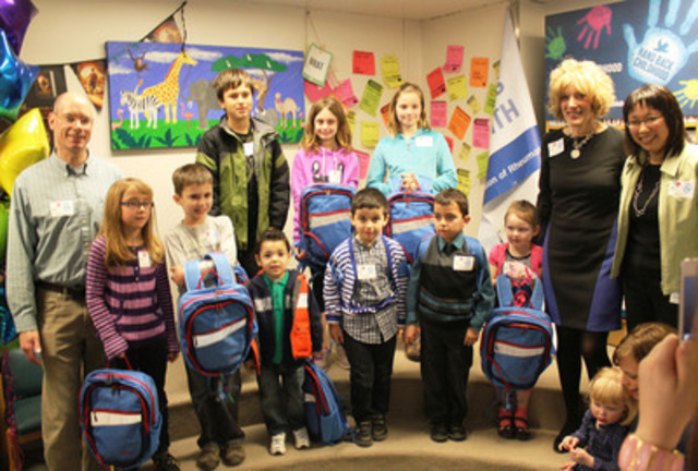 Dr. Brian Feldman, Janet Yale and Dr. Shirley Tse with children who received backpacks as part of The Arthritis Society's new program announcements (CNW Group/The Arthritis Society)