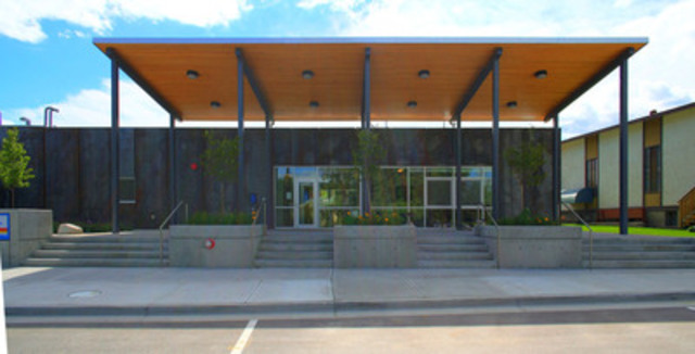 SILGA -- Southern Interior Local Government Association: Town of Summerland - R.C.M.P. Building (Credit: KMBR Architects) (CNW Group/Canadian Wood Council for Wood WORKS! BC)