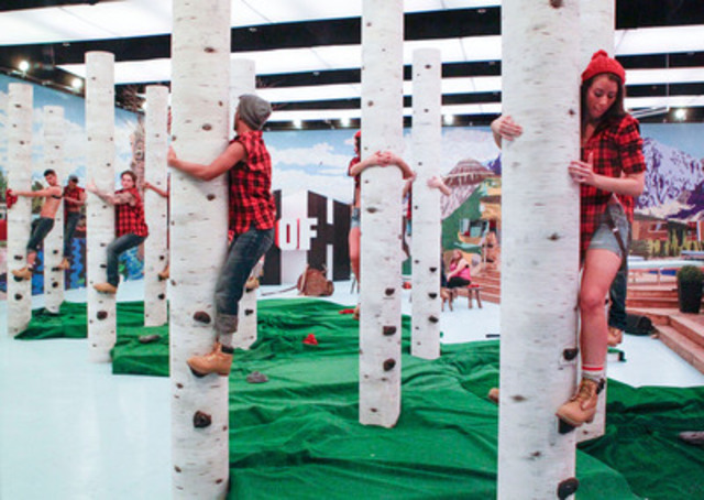 HOH 'Lumberjack and Jill' challenge have Big Brother Canada houseguests hanging on for dear life. (CNW Group/SLICE)