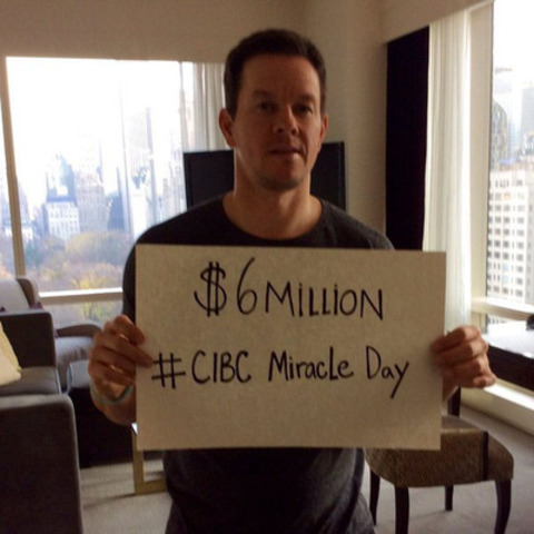 Actor and youth advocate @mark_wahlberg announces on Twitter that CIBC Miracle Day raised $6 million in support of kids-in-need. (CNW Group/CIBC)