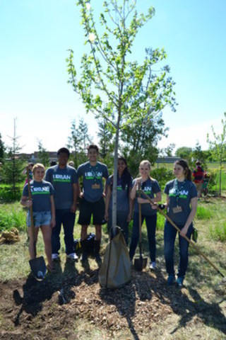The Ontario Envirothon Provincial Championship will bring together students from 18 schools across Ontario to build and test their skills in managing and caring for our natural ecosystems. (CNW Group/Forests Ontario)