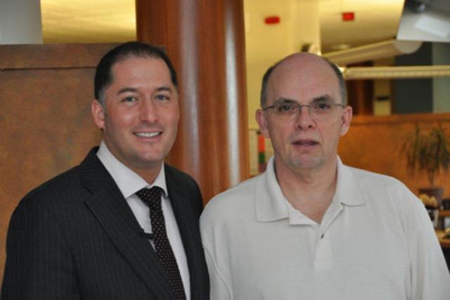 David Racicot, directeur de comptes, télésanté & Yves Gagnon, spécialiste technique (Groupe CNW/CBCI TELECOM)