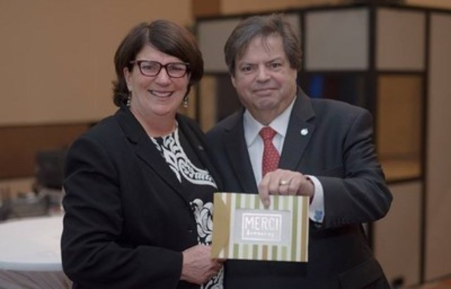 CMC Awards Mauril Bélanger with its highest distinction (CNW Group/Co-operatives and Mutuals Canada)