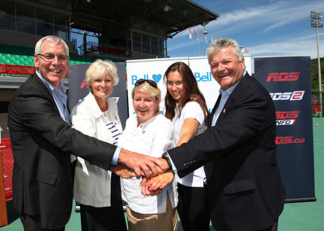 At the announcement of the partnership with Bell and the official Canada Summer Games presenters. Left to right: Gerry Frappier (RDS), Guylaine Bernier (Canada Games Council), Martine Turcotte (Bell), Mélanie Blouin (athlete), Tom Allen (Canada Summer Games - Sherbrooke 2013) (CNW Group/Bell Canada)