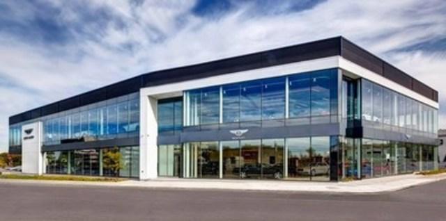 Nouvelle salle d'exposition Bentley et Aston Martin Montréal (Groupe CNW/Les Moteurs Décarie)