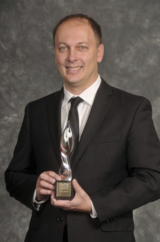 Victor Vrsnik, APR, Principal, SPIRE Public Relations. Gold Award of Excellence in Marketing Communications. (CNW Group/Canadian Public Relations Society)