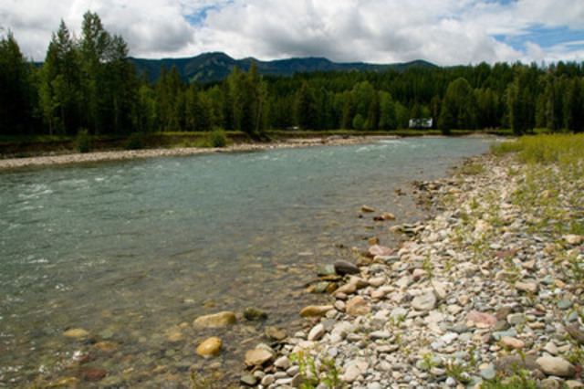 Flathead River (CNW Group/Nature Conservancy of Canada)