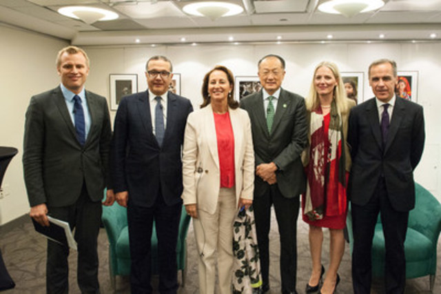 On April 14, 2016, Minister Catherine McKenna with Markus Karlsson, Mohamed Boussaid, Ségolène Royal, Jim Yong Kim, Mark Carney at the Turning the Paris Climate Agreement into Action Panel Discussion. (CNW Group/Environment and Climate Change Canada)