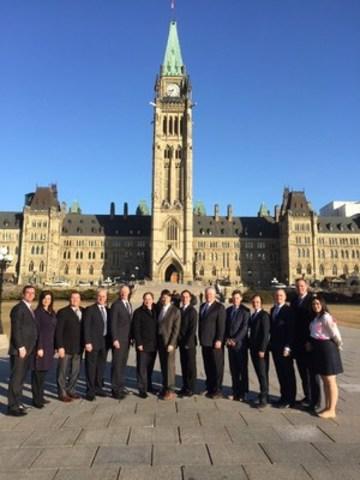 Délégation nationale de l'ICCA à la « Journée sur la Colline » (Groupe CNW/Institut Canadien de la construction en acier)