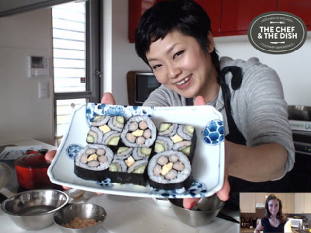 Chef Yoshimi, founder of TOKYO Kitchen Cooking School in Japan conducting an online Japanese cooking class with The Chef & The Dish. (CNW Group/The Chef & The Dish)
