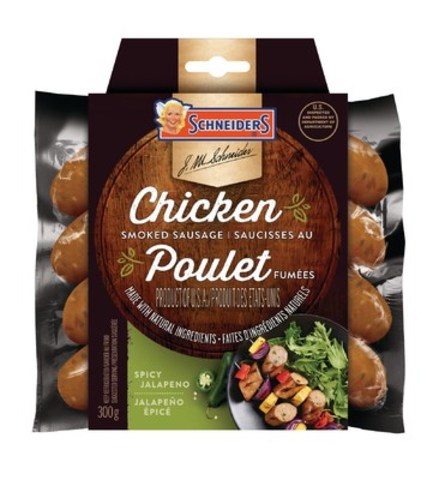 Schneiders new Spicy Jalapeno Chicken Smoked Sausages are a spicy yet balanced flavor made with real Jalapenos. (CNW Group/Maple Leaf Foods Inc.)