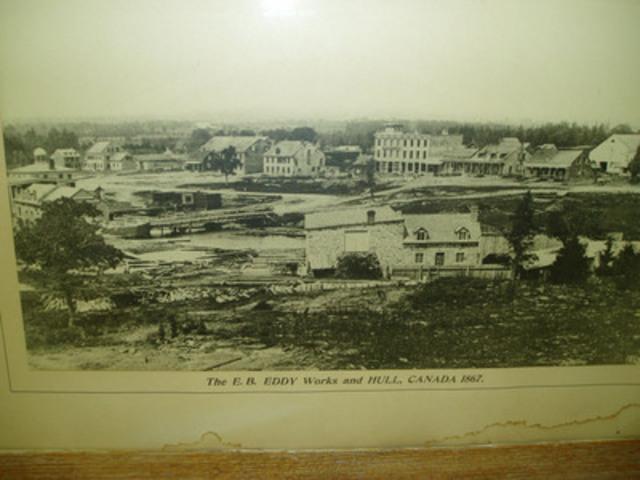 Photo historique de l'ancien site E.B Eddy, Hull, Québec, 1867. (Groupe CNW/Domtar Corporation)