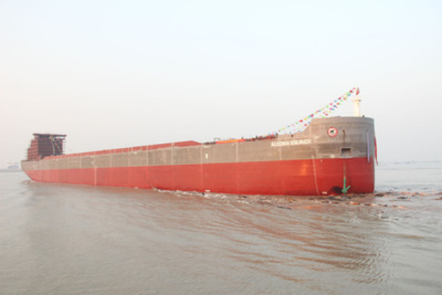 Algoma Equinox immediately following launch on December 24, 2012 (CNW Group/Algoma Central Corporation)