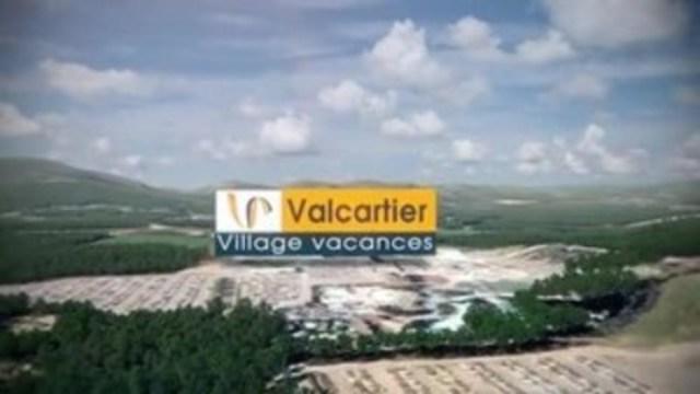 Vidéo : Présentation du complexe récréotouristique Village Vacances Valcartier comprenant un hôtel 4 étoiles et un parc aquatique intérieur.
