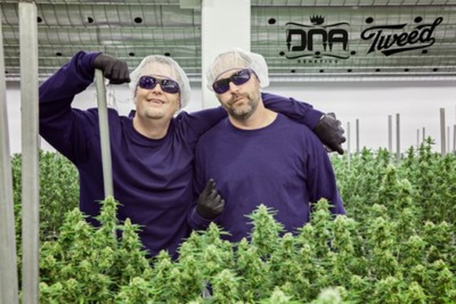 Don and Aaron from DNA Genetics, shown in Tweed's Smiths Falls facility. (CNW Group/Canopy Growth Corporation)