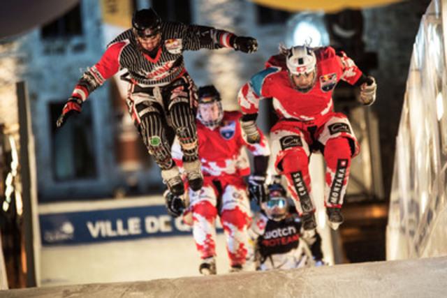 Derek Wedge de la Suisse remporte le Championnat du monde de ice cross downhill 2013, lors de la finale épique dans la ville de Québec, le samedi 16 mars. L'aventure glacée de cette année s'est arrêtée cinq fois à travers le monde, pour culminer dans le Vieux-Québec. (Groupe CNW/Championnat du monde Red Bull Crashed Ice)