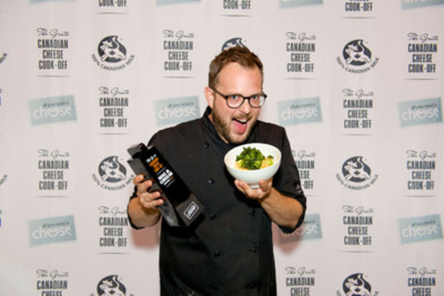 Expert culinary dueler, Chef Andrew Farrell, head chef at 2 Doors Down in Halifax, Nova Scotia, took home top honours today at the 2014 Grate Canadian Cheese Cook-Off for his Crispy Greens Mac & Cheese (CNW Group/Dairy Farmers of Canada (DFC))