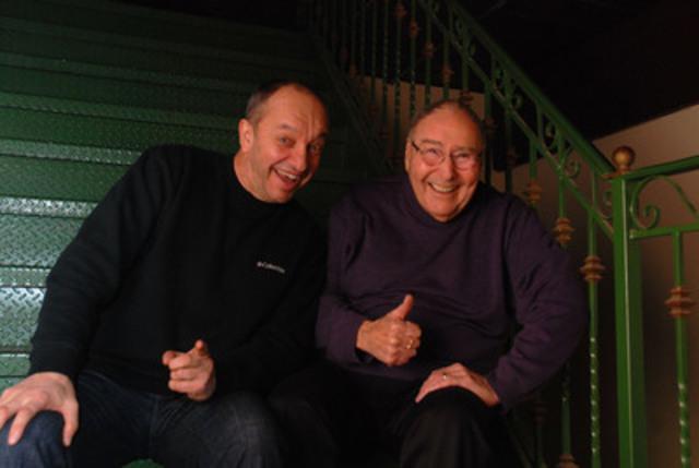 Les deux parrains d'honneur du 18e Radio-don de Radio Ville-Marie, Marcel Leboeuf et Jean-Marc Chaput. (Groupe CNW/RADIO VILLE-MARIE (CIRA-FM))