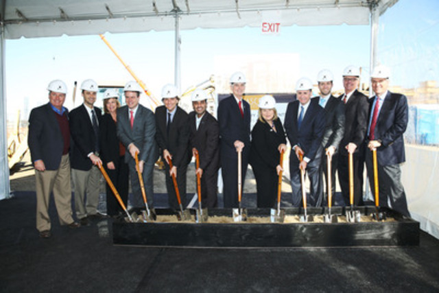 Participating dignitaries at the groundbreaking ceremony for ASCENT: San José Mayor Chuck Reed, with members of San José City Council and representatives from Shea Properties and Ivanhoé Cambridge (CNW Group/Ivanhoé Cambridge)