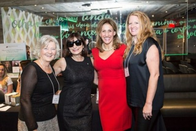 From left - Geri Markvoort, Chair Board of Directors; Jeanne Beker; Barb Stegemann; Andrea Elliott, Board of Directors (CNW Group/Dress for Success)