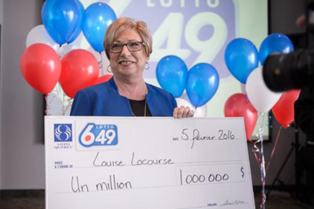 La nouvelle millionnaire, Mme Louise Lacourse! (Groupe CNW/Loto-Québec)