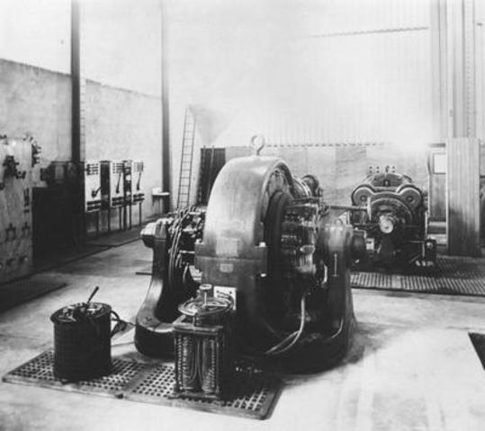 Turbine de la centrale des chutes de la Chaudière. Date inconnue. (Groupe CNW/Société de portefeuille d'Hydro Ottawa inc.)