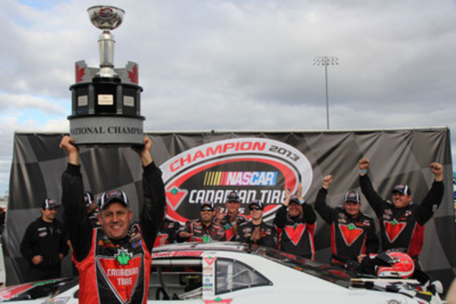 Canadian Tire driver Scott Steckly takes home his third NASCAR Canadian Tire Series trophy. (CNW Group/CANADIAN TIRE CORPORATION, LIMITED)