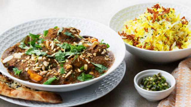 Coconut Chicken Balti, one of Feast's unique dishes that is inspired globally and sourced locally. (CNW Group/Feast Inc)