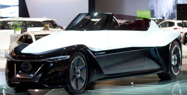 Nissan BladeGlider Concept, a bold vision for the future of the brand in the electric vehicle (EV) segment made a regional debut at the Canadian International Auto Show today in Toronto. (CNW Group/Nissan Canada Inc.)