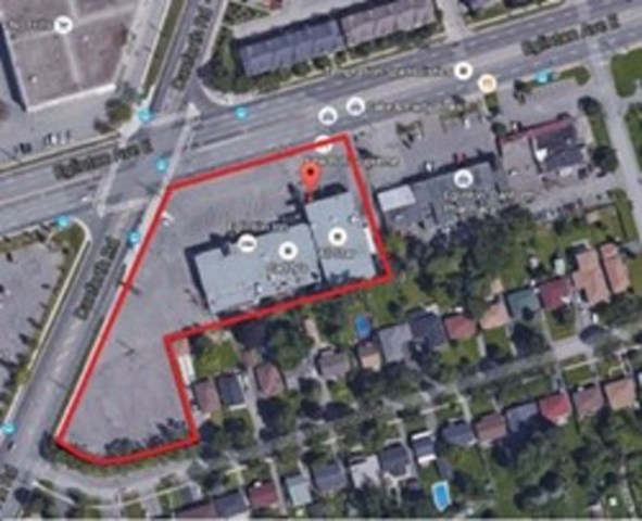 2787/91 Eglinton Avenue East, Toronto: Prime East Toronto corner lot with a variety of potential development opportunities. (CNW Group/ReMax Realty Enterprises Inc.)