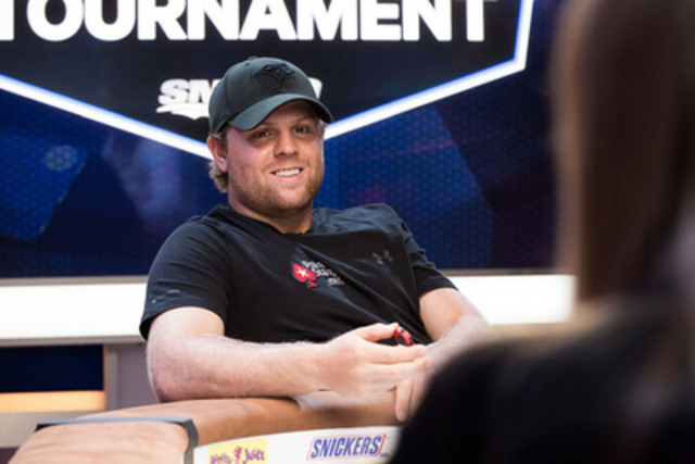Toronto Maple Leaf Phil Kessel outlasted poker legends and hockey greats to finish second in the NHL Alumni Charity Poker Tournament presented by PokerStars.net. Kessel donated the $15,000 second place prize to SickKids Foundation and matched the amount with a $15,000 personal donation. (CNW Group/PokerStars.net)