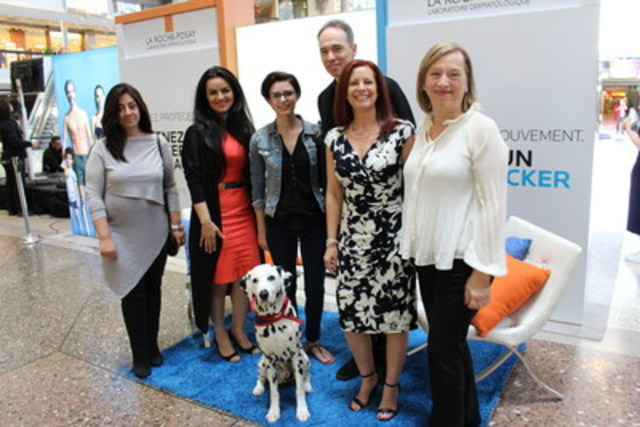Canadians who want to participate can sign up to reserve a spot by visiting: http://skinchecker.ca. From left to right : Dr Lydie Amsellem, Family Physician; Maryam Sadeghi, Founder of MetaOptima Technology Inc.; Danika Garneau, patient and nursing student; Dr Joël Claveau, Dermatologist, Hôtel-Dieu de Québec; Josée Bordeleau, Medical Relations Manager, La Roche-Posay; Marie Pierre Faure, Director of Centre Médical Urbain's CforCare Living Lab. (CNW Group/La Roche-Posay)