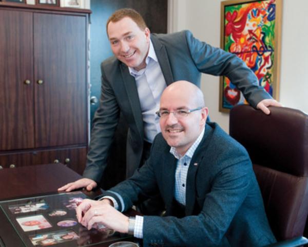 Stéphane Dion, directeur général Option Sécurité et Martin Tremblay, président-directeur général SPI. (Groupe CNW/SPI)