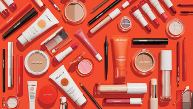 Beauté Joe Fresh est arrivé dans 850 magasins Shoppers Drug Mart et Pharmaprix partout au Canada avec plus de 150 nouveaux produits de cosmétique pour le visage, les yeux et les lèvres qui varient entre 8$ à 18$. (Groupe CNW/Pharmaprix)